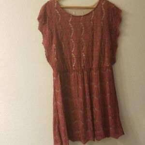 Lace dress mauve/dark pink & cream